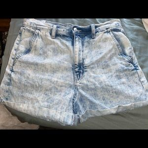 AE mom short size 6